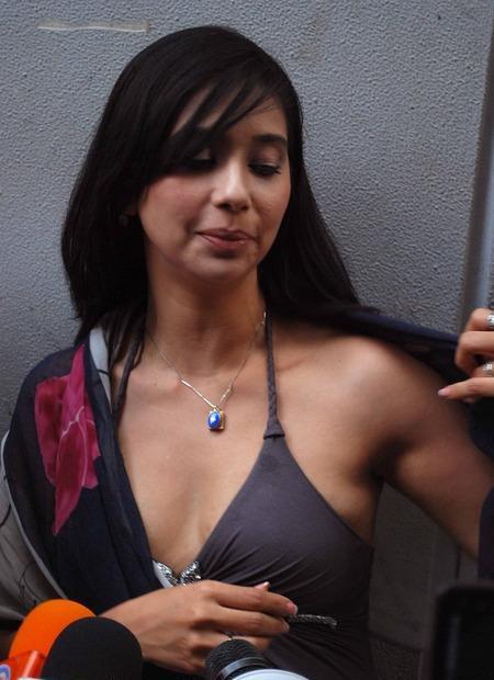 Memek Asoy: Ayu Azhari Sexy Boom Sex Indonesian: memek-asoy.blogspot.com/2011/01/ayu-azhari-sexy-boom-sex-indonesian...