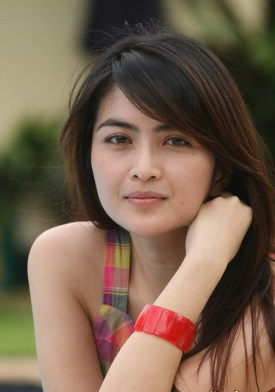 toket semok ida ayu kadek devi beautiful actress indonesia