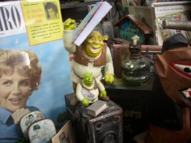 Até um Ogro aprecia leitura..hehehe