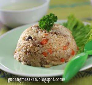 Nasi Tim Saring dengan Daging Untuk Bayi