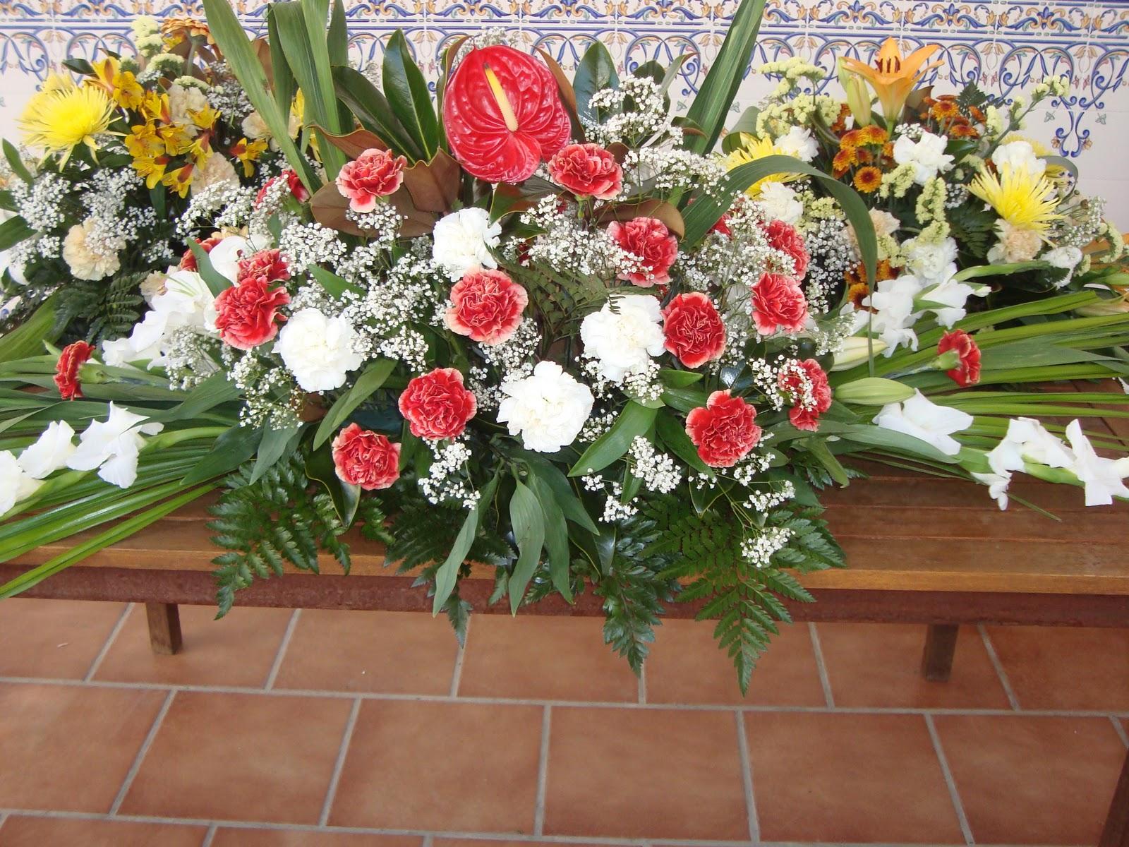Flores para el día de Todos los Santos Bodas y