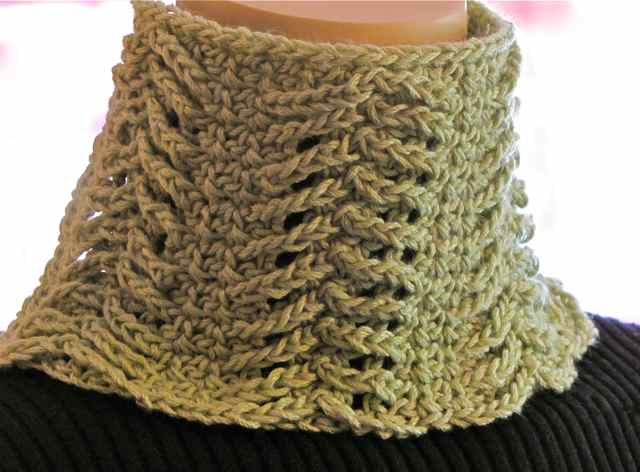 The New Crochet Cowl Scarves Presenting Chainmaille A Crocheted