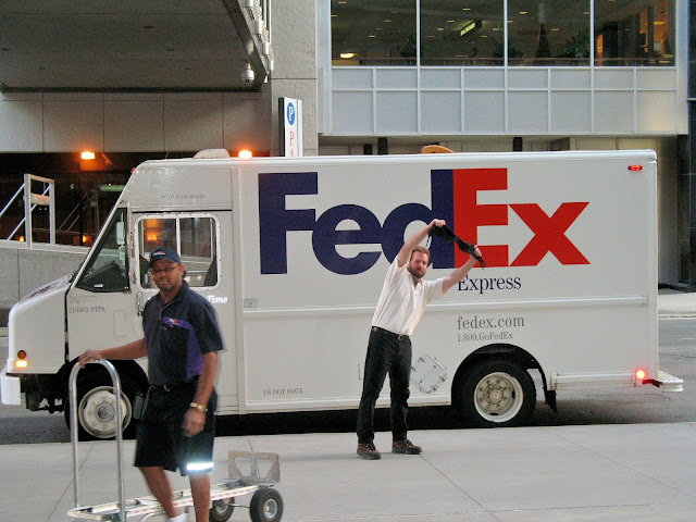 Bra in a fedex truck with straps and Speedcat Hollydale