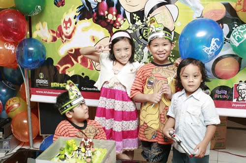 my lil' brother n cousin b'day party