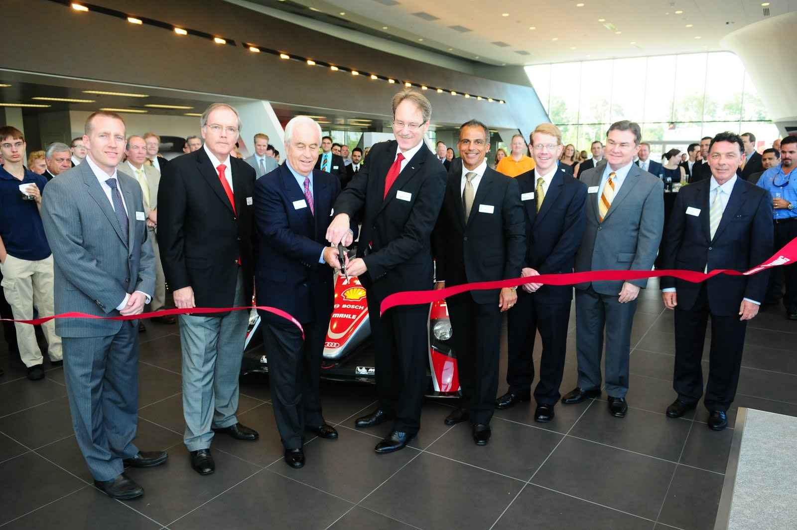 Gearshift Video Photography Blog Roger Penske Cuts The Ribbon At - Audi chantilly
