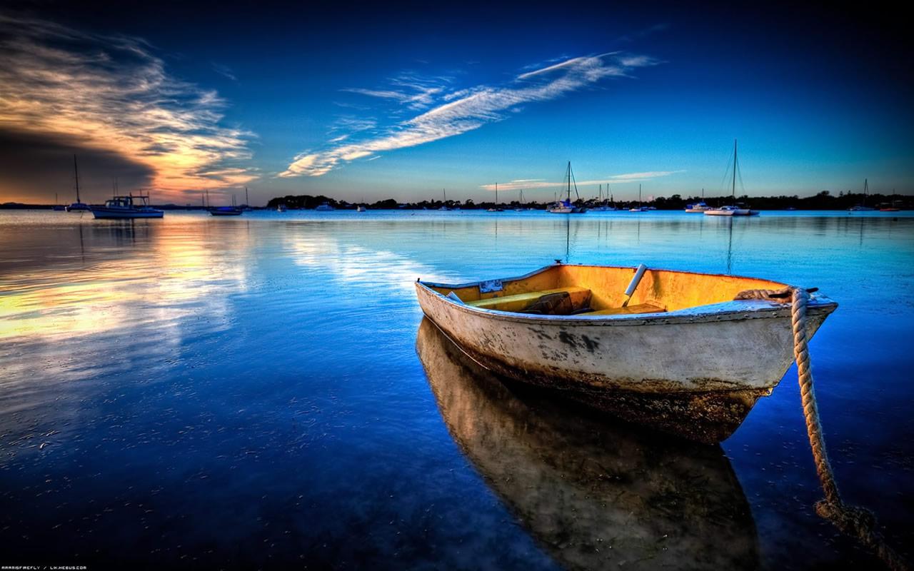 http://1.bp.blogspot.com/_8syJggjkpmE/TOzoraFePgI/AAAAAAAAAEU/c5oa64YVAjg/s1600/exceptional-scenery-wallpaper-1280x800-1001086.jpg