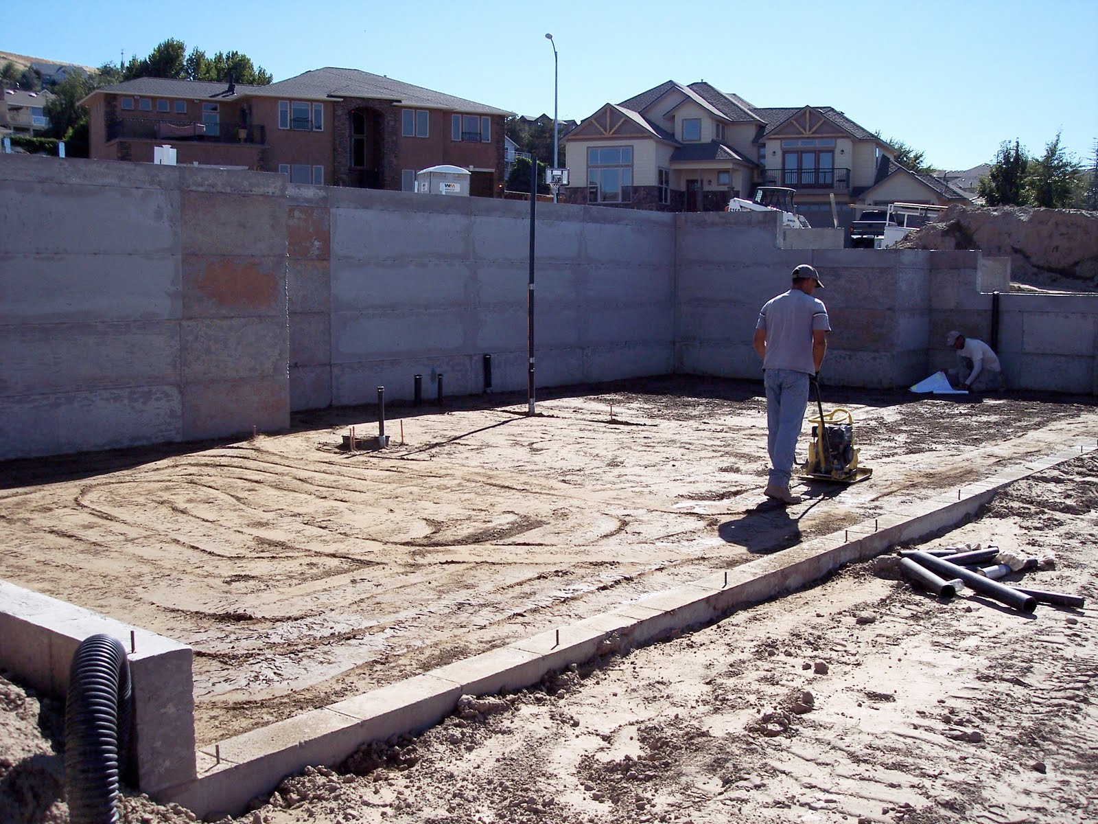 Building a home preparing to lay slab for basement for Building a house on a slab