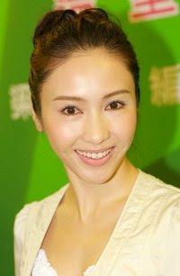 A peep at North Korea: North Korea's most beautiful women traffic police 200px-Lai_Chi%5B1%5D