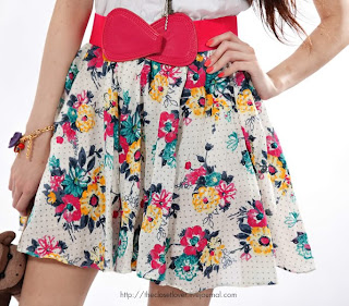 THECLOSETLOVERS FLORAL DRESS WITH BELT @ $25