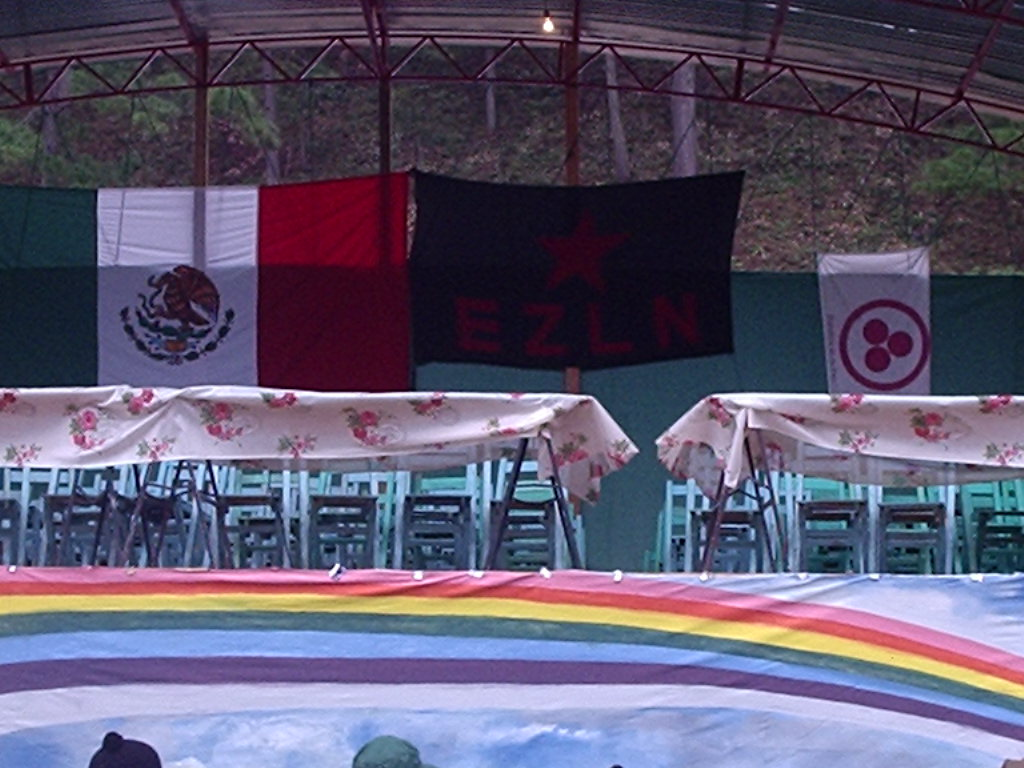[banderas+paz+mexik+ezln]