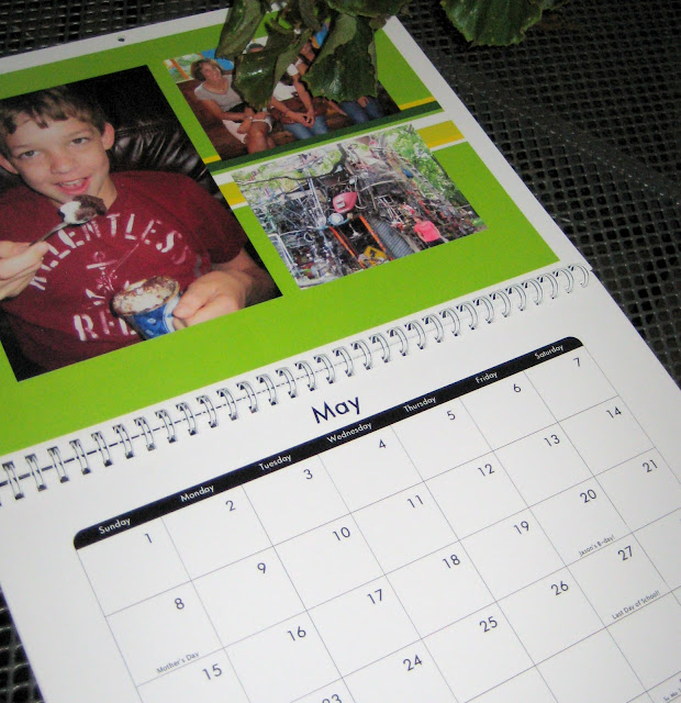 DIY calendar gift for mom