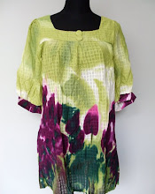 A 1084 - Blouse, green colour, free size (can fit size L, XL)