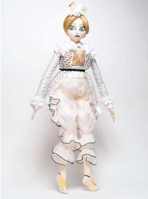 ss10 couture dolls