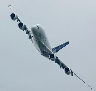 Airbus A380 Apache 008