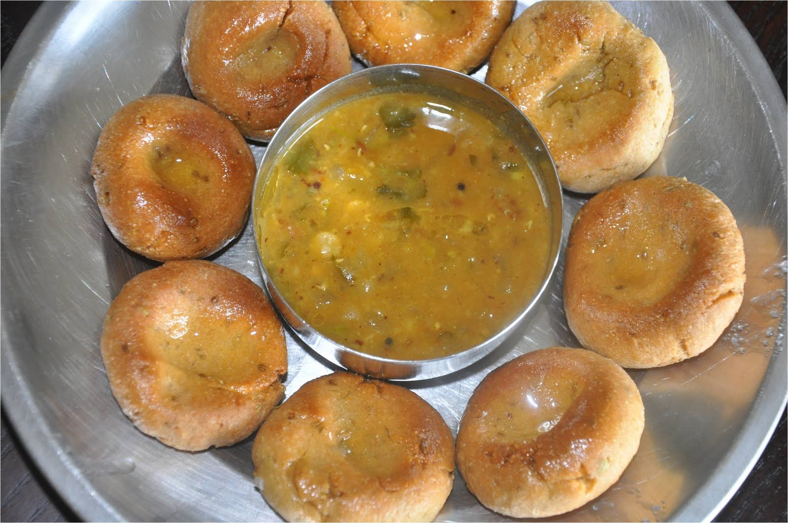 Mharo rajasthans recipes rajasthan a state in western india daal daal baati choorma a traditional trio recipe of rajasthan forumfinder Images