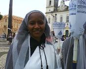 Revestida com o hábito da Irmandade  Nossa Senhora do Rosário dos Pretos