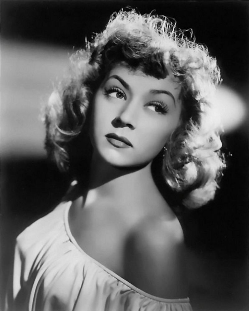 Gloria Grahame - Actor - Peerie Profile