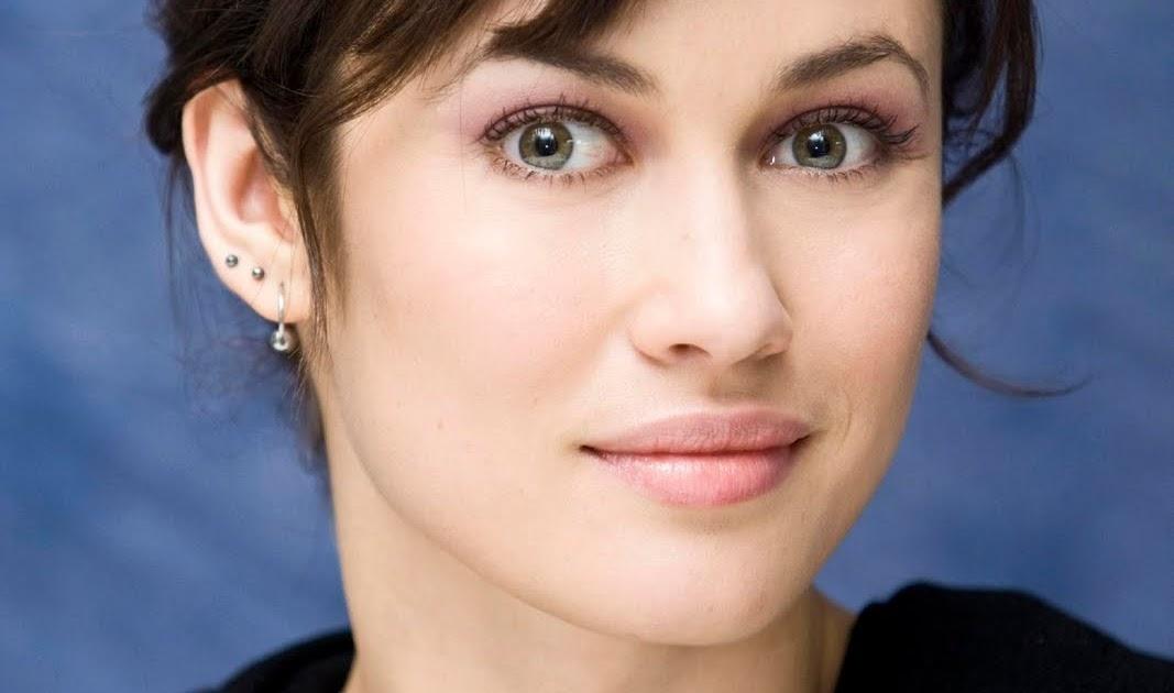 Actresses in James Bond Movies...: Olga Kurylenko in ... Olga Kurylenko