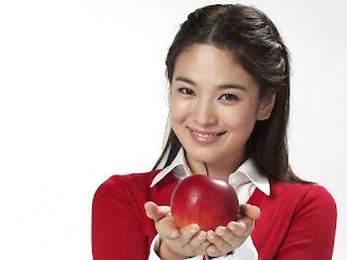 Song Ji Hyo Lagi Hebat Daripada Mak Kang Gary