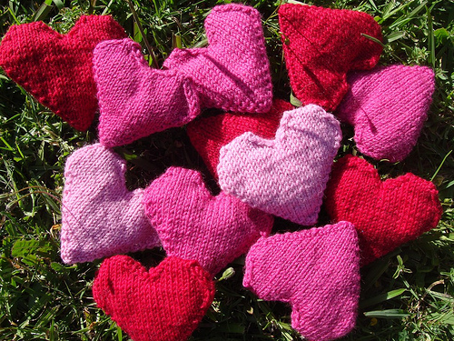Tiny Heart Knitting Pattern : Anything Knitted and Crocheted: Five Free Valentine ...