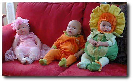 wallpapers babies. Halloween Baby Wallpapers