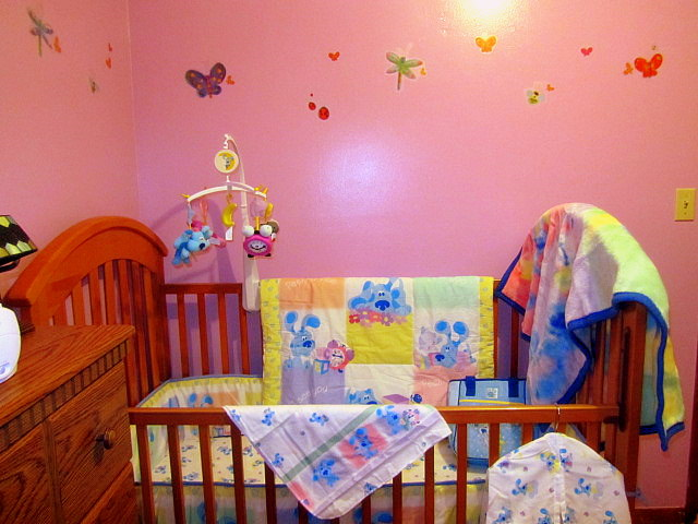 Lily s room updated with pictures of blue s clues bedding cafemom
