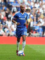 Nicolas Anelka playing for chelsea against Portsmouth in FA cup final