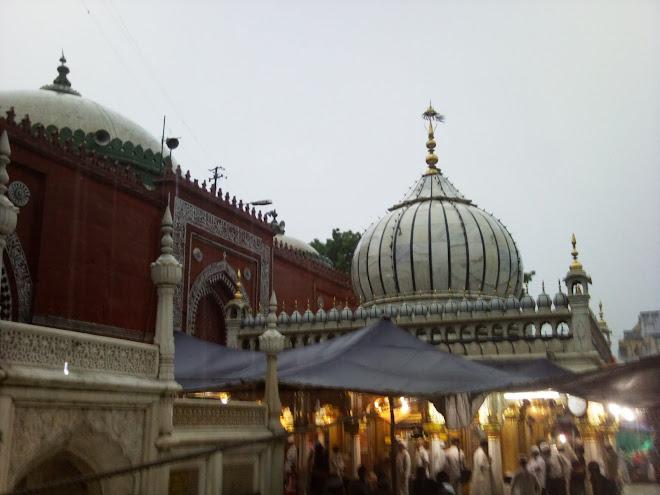 Dargah Sufi NIZAMUDDIN AULIA (R.a)