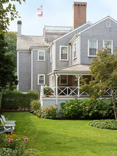 Made in heaven nantucket style for Nantucket style homes