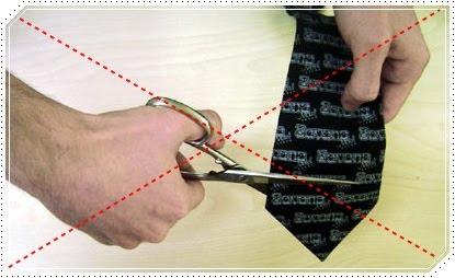 Cortar gravata em casamento