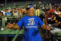 Industriales Fan