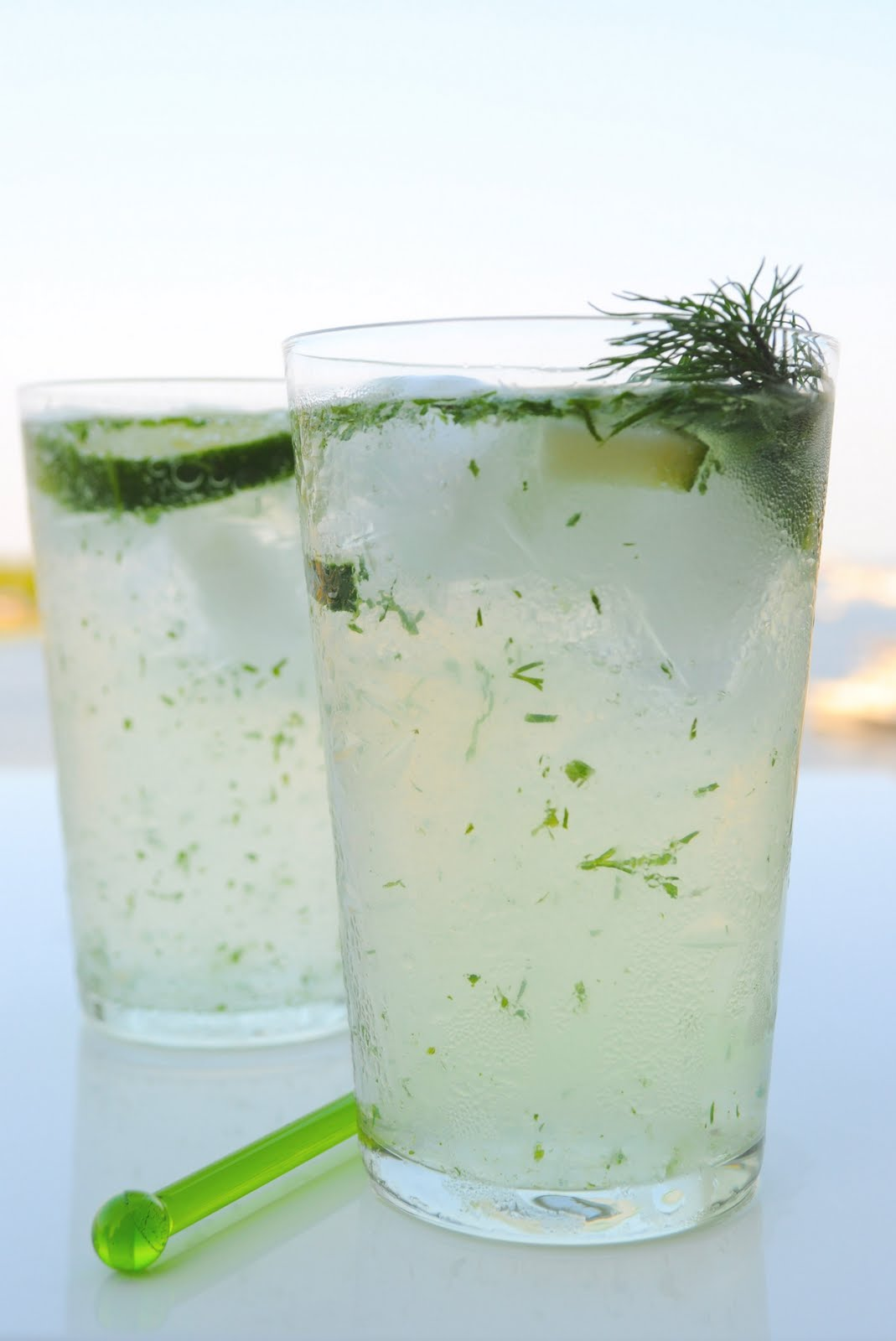 chatN'chow: Fresh and Clean Cucumber Gin Fizz