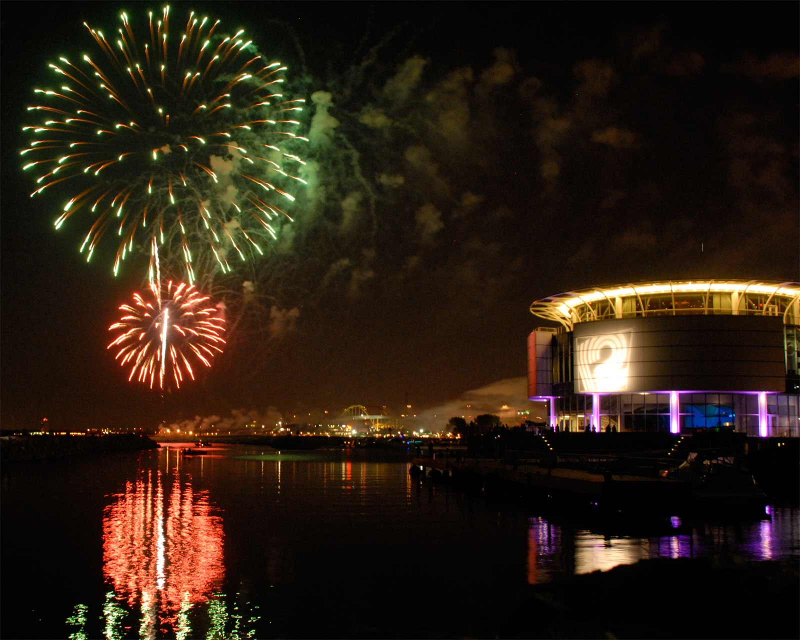 Milwaukee Discovery World Museum at night with Fireworks Selep Imaging