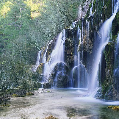 Beautiful waterfall download free wallpapers for apple iPad