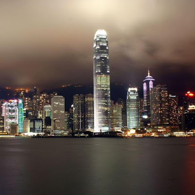 Hong Kong at night download free wallpapers for Apple iPad