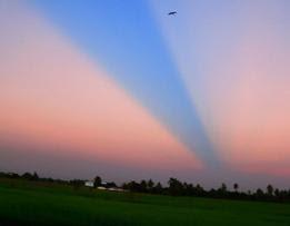 penomena Langit Terbelah di Yogyakarta