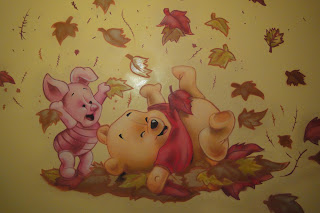 Berok graffiti mural profesional en barcelona noviembre 2010 - Habitacion winnie the pooh ...