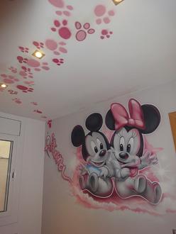 Berok graffiti mural profesional en barcelona dibujo en pared infantil de beb Dibujos para paredes