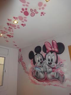 Berok graffiti mural profesional en barcelona noviembre 2010 - Dibujos pared habitacion infantil ...