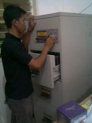 Service Filing Chubb Kunci Dol di Pulo Gebang Jkt