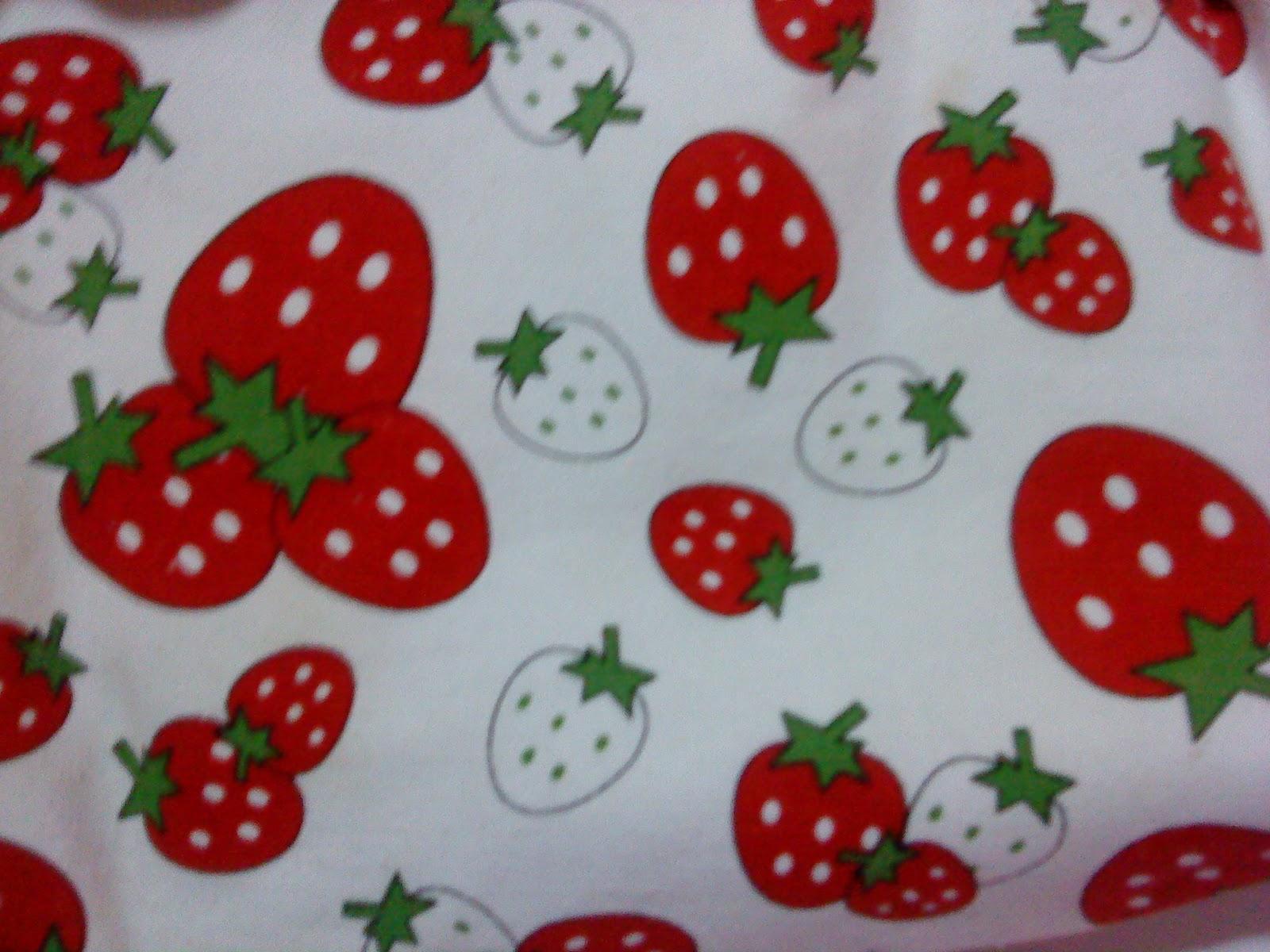 Frutillas bien orientales (lo digo por el tipo de dibujo y que ...