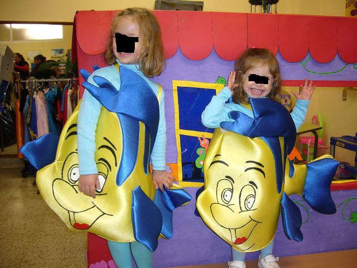 Disfraces de delfines en foami - Imagui