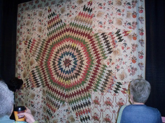 Repro Quilt Lover: Star of the East - Chicago Antiques part 2 : quilt show chicago - Adamdwight.com