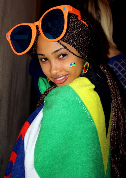 south-african-girl_world-cup-2010_10-440x622.jpg