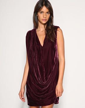 Velvet Fashion Label on Velvet Blazer For   228 On Www Shopbop Com Oasis Velvet Dress For   92