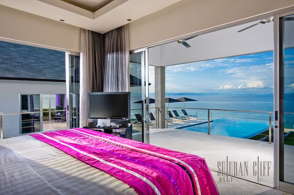 Fuschia Bedroom Suite l Фушия цвет спальни