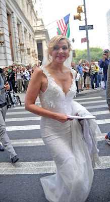 kim cattrall wedding dress satc
