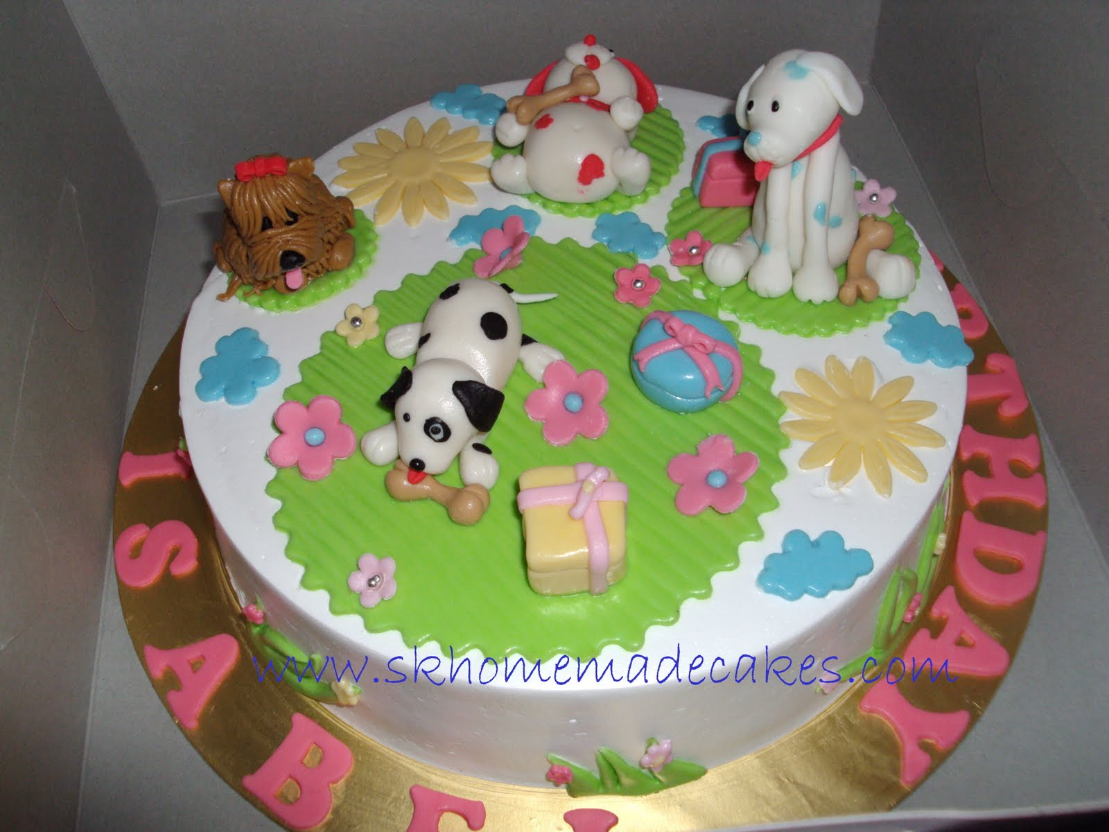 Pictures of Dog Cakes http://www.skhomemadecakes.com/2010_03_01_archive.html