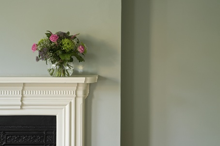 farrow and ball blue gray in warm daylight