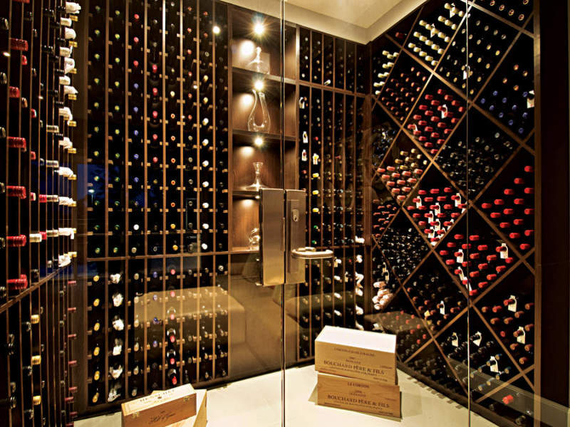 Enormous Wine Cellar : Just a little sq home in dural